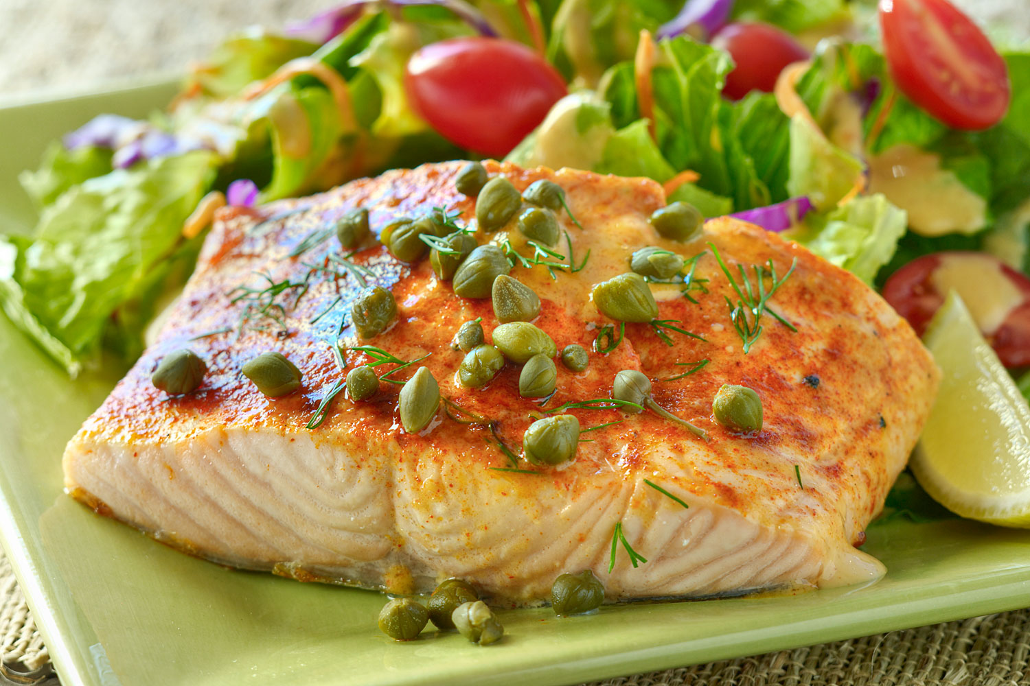 Lin s baked salmon briannas salad dressings for Fish and salad