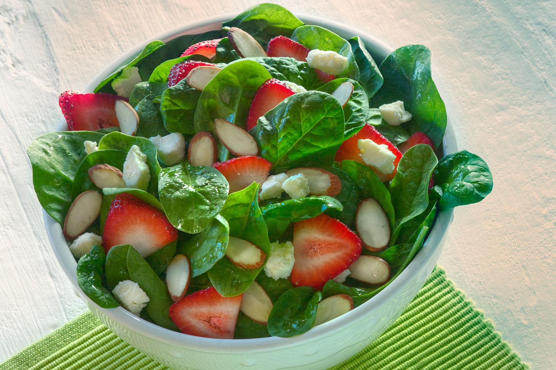Strawberry Spinach Salad - BRIANNAS Salad Dressings
